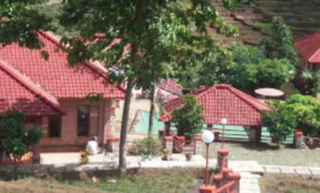 Pondok wisata Aki dan Enin atau villa aki enin