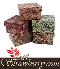 Gift box D (9x9x5,5)cm Image