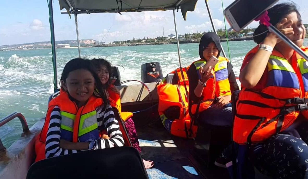 long boat wbl