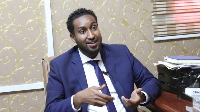 Wasiirka Maalgashiga Somaliland, Maxamed Axmed Cawad