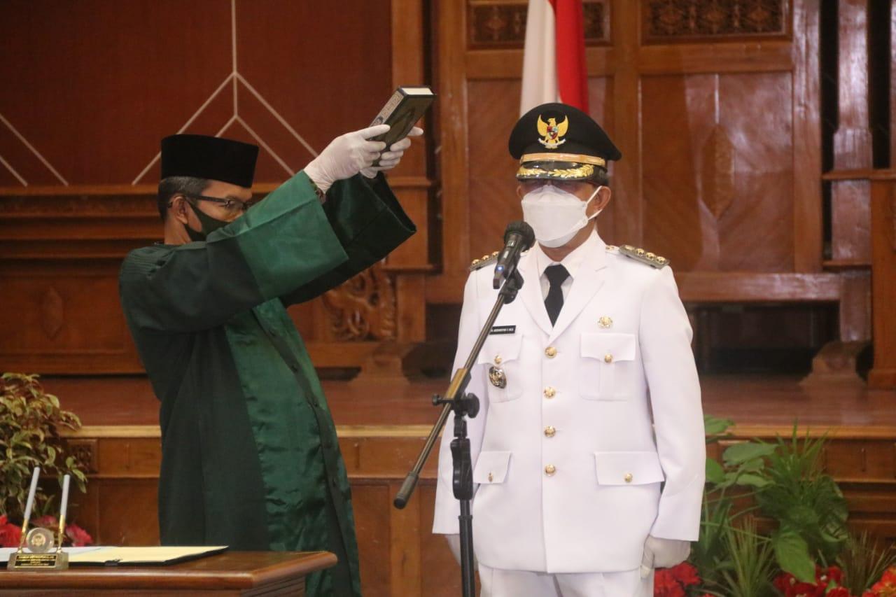 Sah! Bupati dan Wakil Bupati Kutim Terpilih, Dilantik Secara Virtual Oleh Gubernur Kaltim
