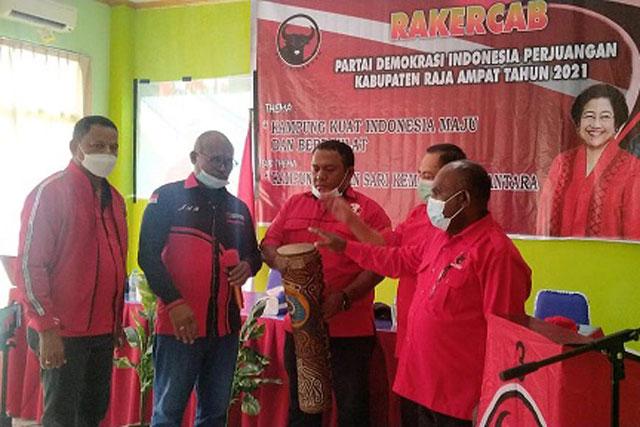 DPC PDI Perjuangan Raja Ampat Siap Rebut Kursi di Pemilu 2024