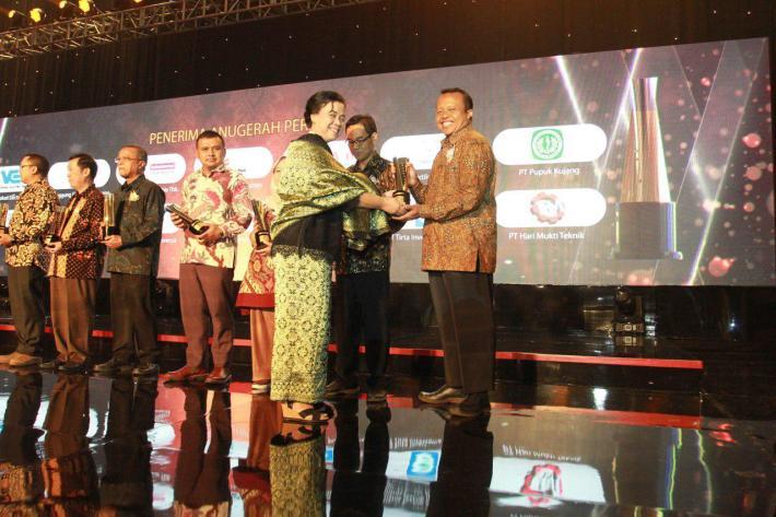 Penyerahan Anugerah SNI Award 2018 PT Hari Mukti Teknik