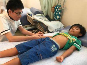 小児お灸後の脈診