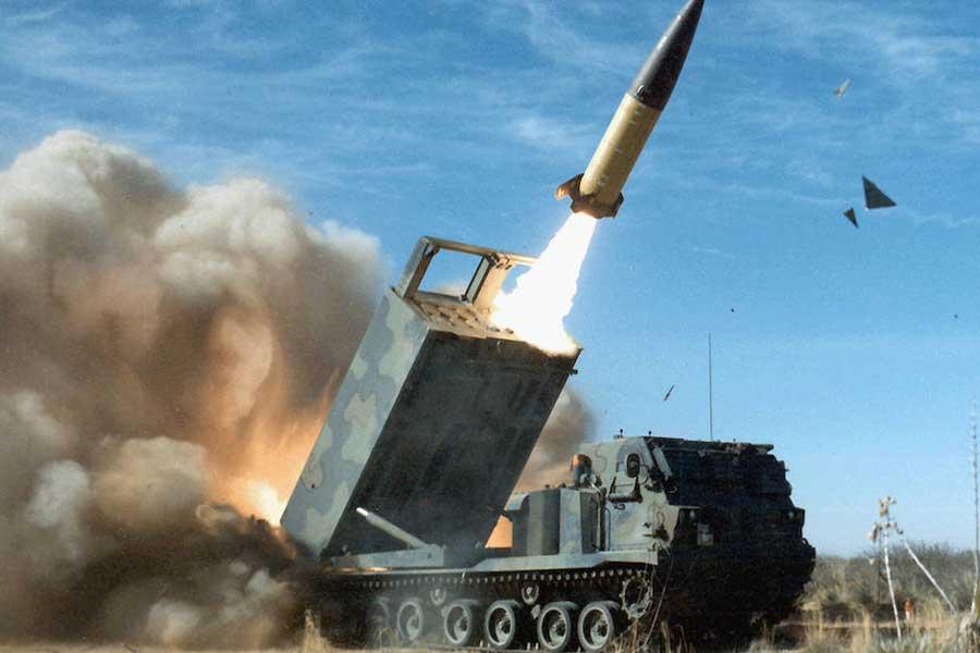 """""""Rod of God"""": Militer Amerika Meriset Senjata Penghancur Baru Dalam Perang Melawan Russia"""