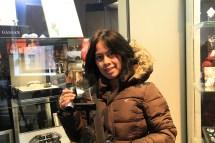 Menikmati Amsterdam Dengan Bus Hop Harjo