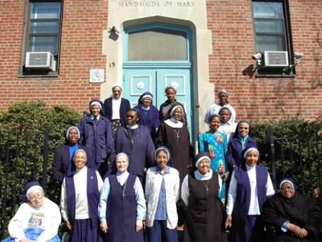 Franciscan-Handmaids-Mary-group