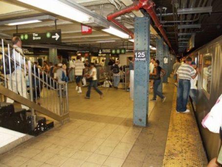 vomit-on-harlem-subway