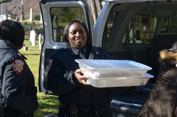 officers-serve-at-rikers