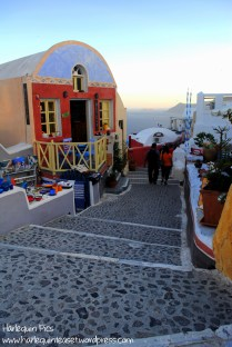 The popular area of Oia, famous for it's sunset