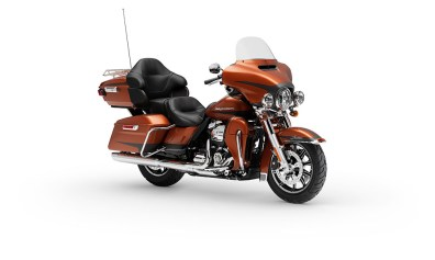 Motocykel Harley-Davidson touring Limited 114 farba
