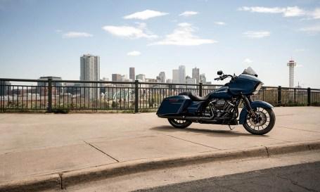 Motocykel Harley-Davidson touring Road Glide Special 114
