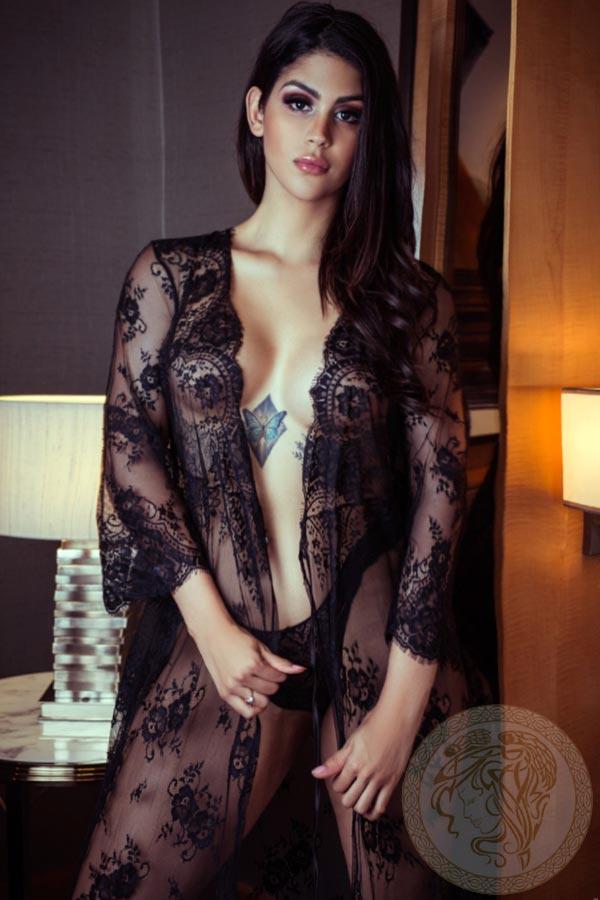 brunette-london-escort-livia-13
