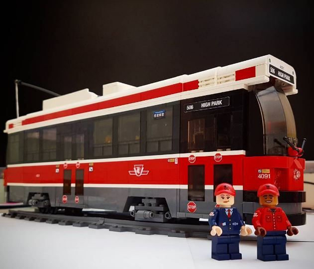 Check Out This Toronto Themed Lego Set