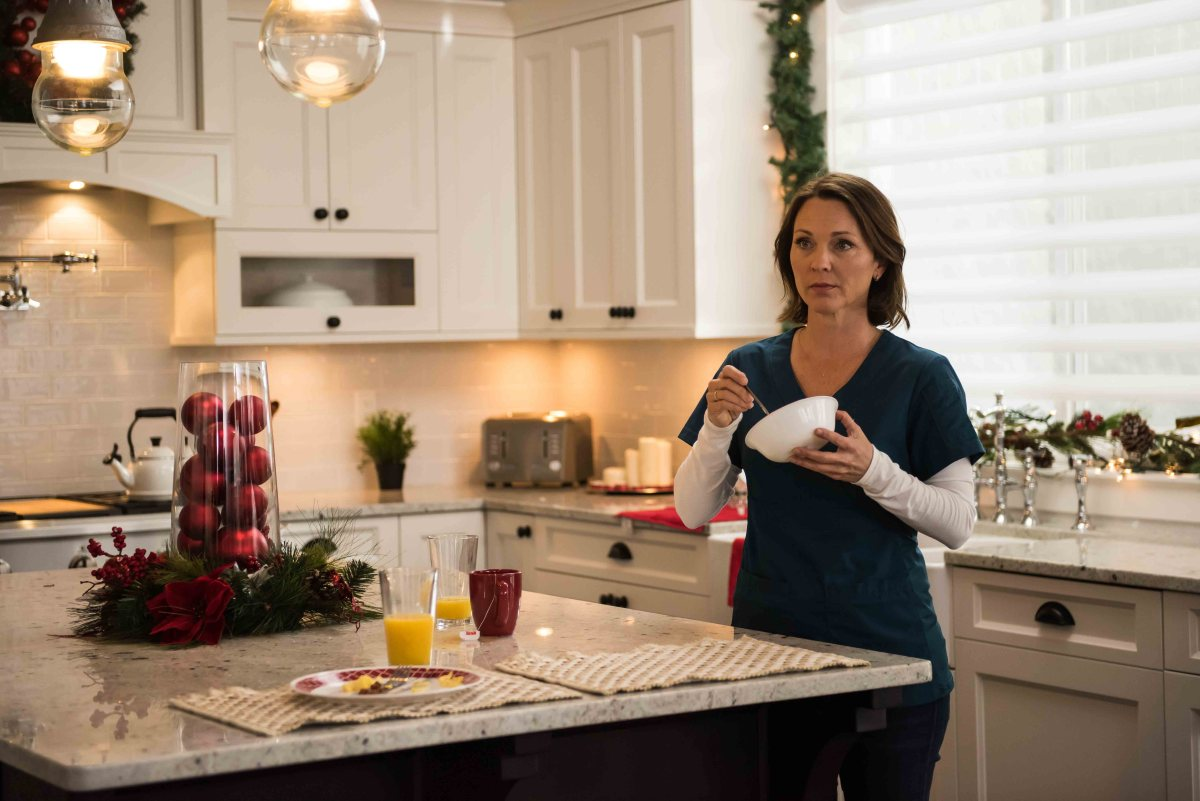 "Exclusive: An Interview With Kelli Williams From UPtv's ""Christmas Solo"""