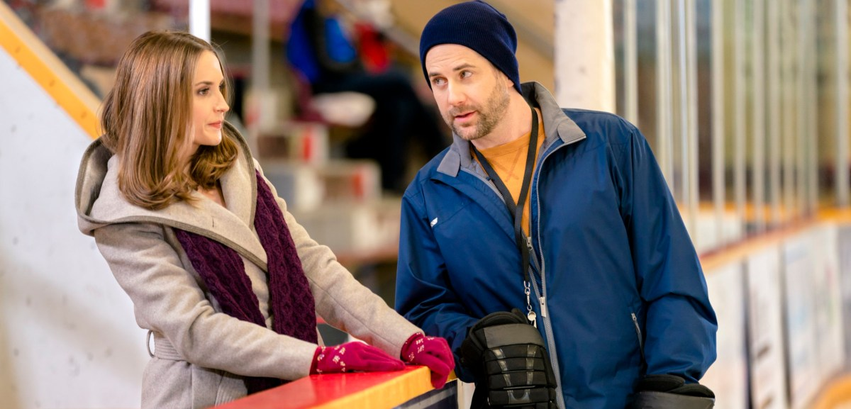 "Preview: ""Frozen In Love"" A Hallmark Channel Winterfest Original Movie"