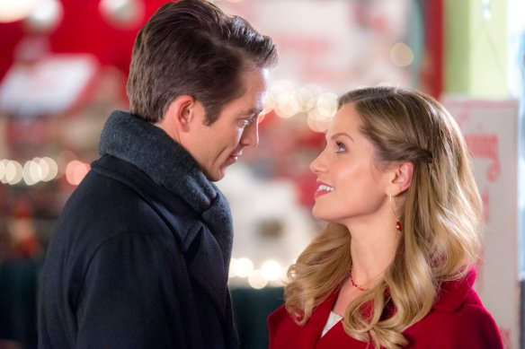 Sharing Christmas Hallmark.Exclusive An Interview With Bobby Campo From Hallmark