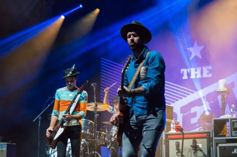 The Trews (6)