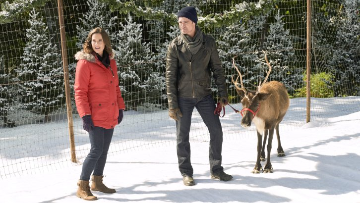 "Preview: ""Northern Lights Of Christmas"" A Hallmark Movies & Mysteries 'Miracles Of Christmas' Original Movie (2018)"