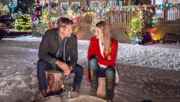 "Preview: ""Return To Christmas Creek"" A Hallmark Movies & Mysteries 'Miracles Of Christmas' Original Movie (2018)"