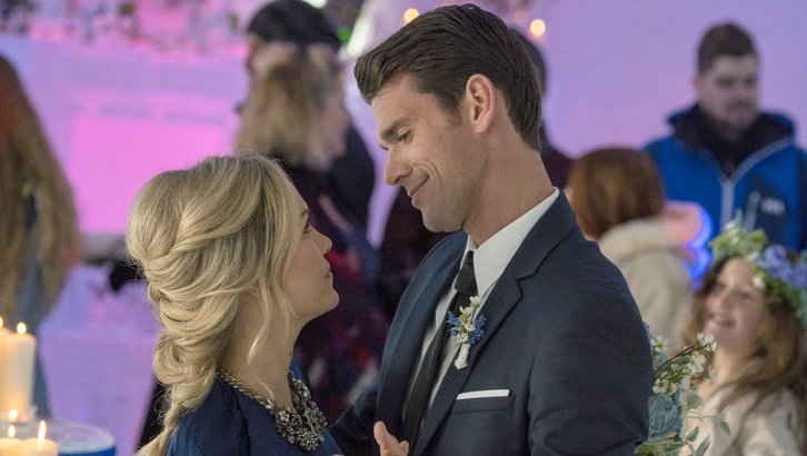 "Preview: ""Winter Castle"" A Hallmark Channel Winterfest Original Movie (2019)"