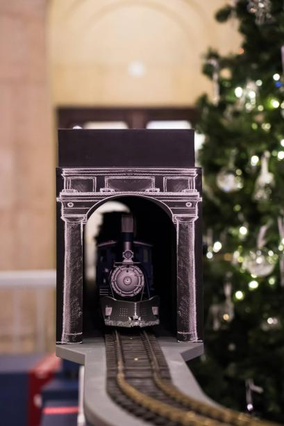 swarovski holiday union station (4)
