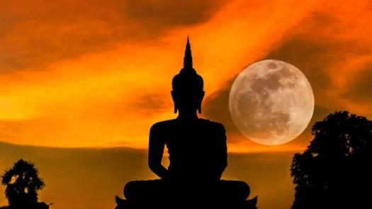 Luna de Buda o Luna de Vesak