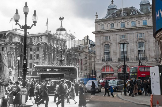 piccadilly-circus-june-1953