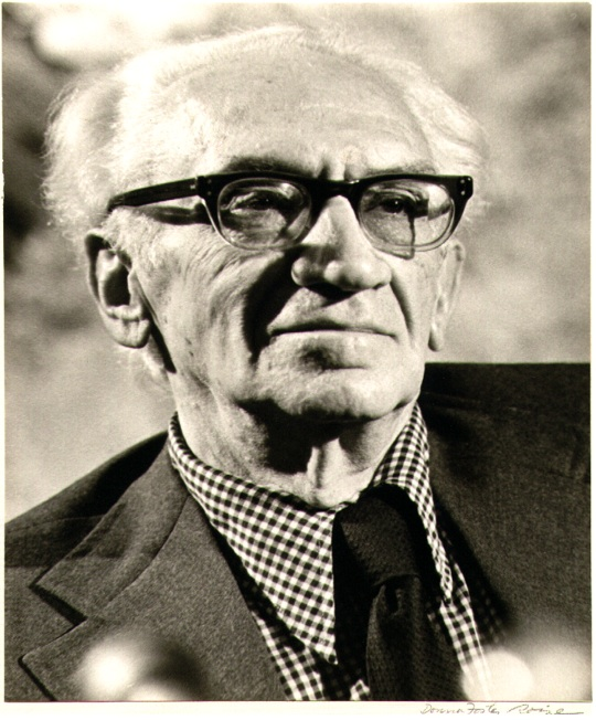 Velikovsky vs. Scientific establishment 5-0 [A story with comets, collisions, prejudice and some… water]