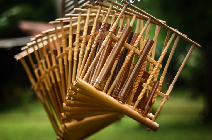 Bamboo as a musical instrument, source : Godong Ijo