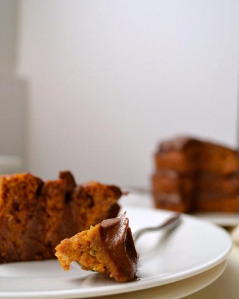 Kabocha Chocolate Mini Layer Cake with Avocado Cacao Buttercream (DSC_0094)