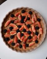 Saffron Custard Tart with Figs & Blackberries (DSC_1089)
