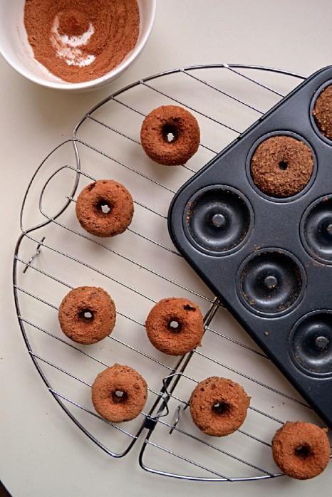 Buckwheat Cinnamon Coffee Cake Donuts (DSC_0409)