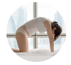 pregnancy yoga cat pose for sciatica and hypnobirthing