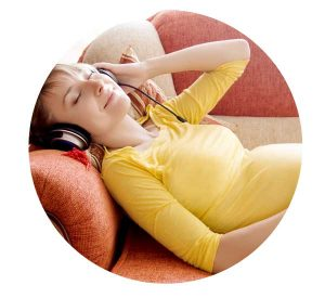 hypnobirthing woman relaxation in pregnancy