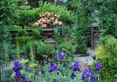 Freeland Tanner-Garden Designer-Napa-Garden Decor-Bespoke Garden Decor-garden temple-garden outbuilding-garden art-flower pot decor