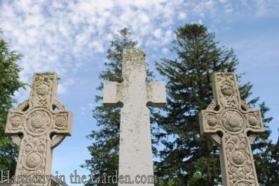 Gravestones09