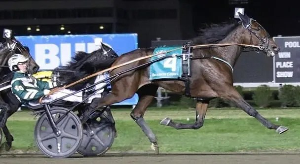 Ariana G (Yannick Gingras) came from three lengths back at the top of the stretch to defeat her stablemate Princess Aurora in 1:53.4. | Michael Lisa