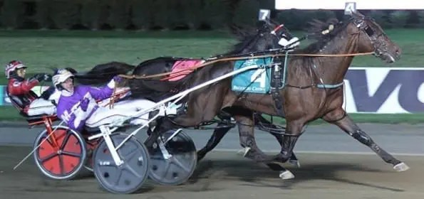 Always B Miki (David Miller) won a terrific stretch battle with Wiggle It Jiggleit (Montrell Teague) to take a slight edge in the season series between the two older pacers. | Michael Lisa