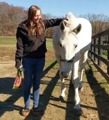 Neverhaveneverwill and her angel Kelly Detweiler of Bluestone Farms of New Jersey. | Courtesy Mitchel Skolnick