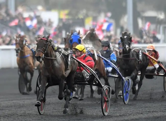 Bold Eagle and driver Franck Nivard stormed to an easy three-length victory in Sunday's €400,000 Prix de France at Vincennes in Paris. |  Gerard Forni