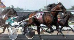 Ted Wing winning a race at the Meadowlands.
