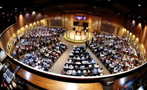 Dave Landry   Tuesday produced one of the biggest opening night crowds in Lexington Selected Yearling Sale history.