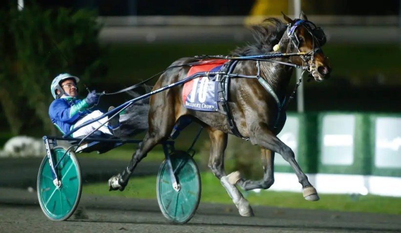 Dave Landry   Ramona Hill (Andrew McCarthy) kicked off Breeders Crown night with an impressive win out of the 10 hole in the 2-year-old trotting filly final.