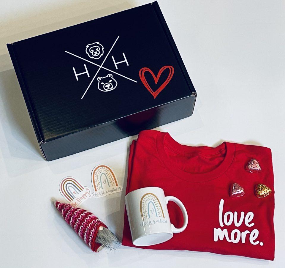 Love moe gift box