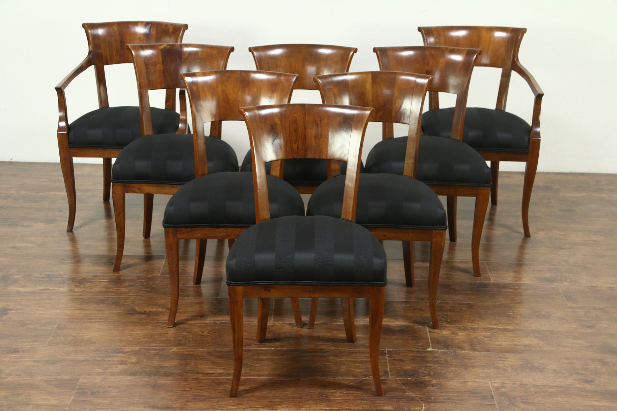 Art Deco Dining Chairs Set Of 8 Italian Art Deco 1925 Vintage Walnut Dining Chairs New Upholstery