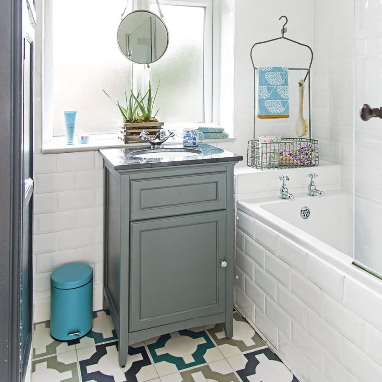 Small Bathroom Decor Ideas - Furnish to Scale for Small Bathroom Decor Ideas - harpmagazine.com
