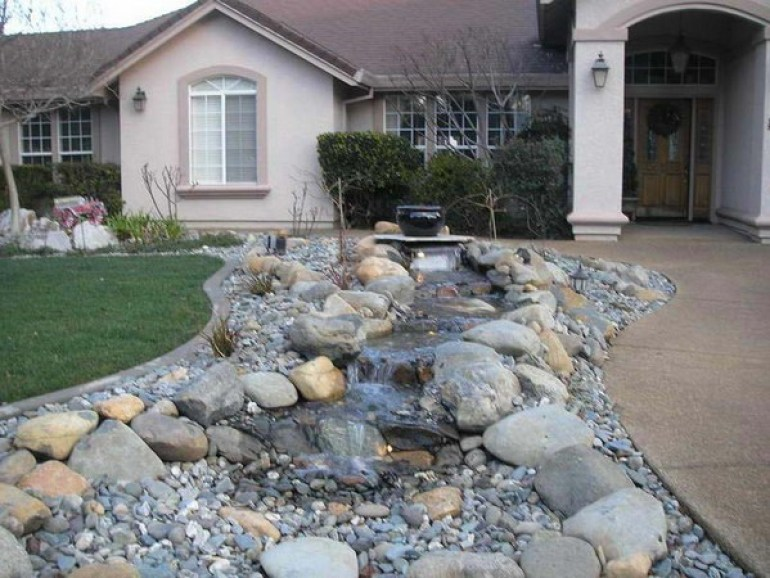 Small Front Yard Landscaping Design with Rocks