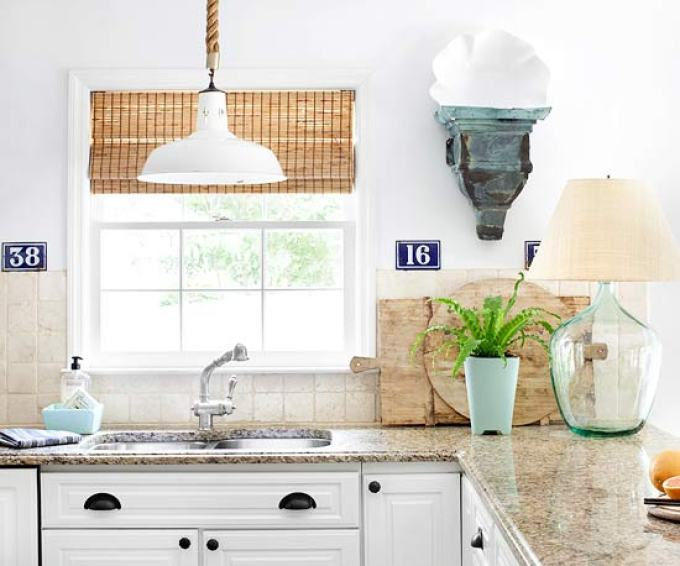 Kitchen Lighting Ideas - Hang It Up - harpmagazine.com