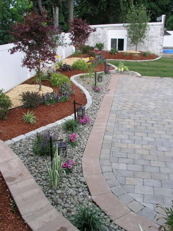 Backyard Landscaping Ideas - Keeping Weeds at Bay - harpmagazine.com